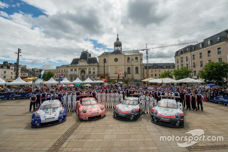 #91 Porsche GT Team Porsche 911 RSR: Richard Lietz, Gianmaria Bruni, Frédéric Makowiecki, #92 Porsche GT Team Porsche 911 RSR: Michael Christensen, Kevin Estre, Laurens Vanthoor, #94 Porsche GT Team Porsche 911 RSR: Romain Dumas, Timo Bernhard, Sven Mülle
