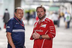 Frederic Vasseur, Sauber Team Principal and Gino Rosato, Ferrari