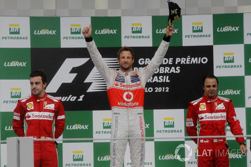 2012. Інтерлагос. Подіум: 1. Дженсон Баттон, McLaren Mercedes. 2. Фернандо Алонсо, Ferrari. 3. Феліпе Масса, Ferrari