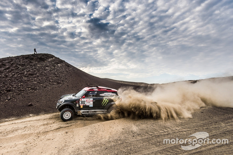 #301 Toyota Gazoo Racing Toyota Hilux: Nasser Al-Attiyah e Matthieu Baumel