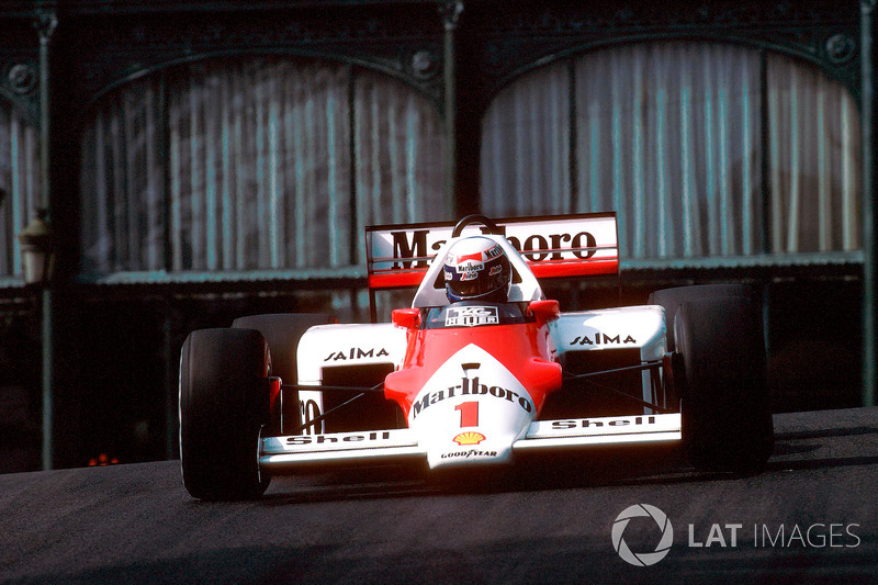 1986: McLaren MP4/2C TAG-Porsche (четыре победы, 2-е место в КК)