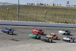 Бреннан Пул, Chip Ganassi Racing Chevrolet, Дэниел Хемрич, Richard Childress Racing Chevrolet и Брайан Скотт, Daniel Defense Chevrolet Camaro