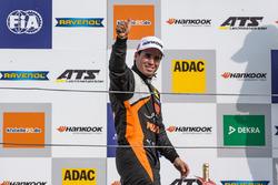 Çaylak podyum: Joey Mawson, Van Amersfoort Racing, Dallara F317 - Mercedes-Benz
