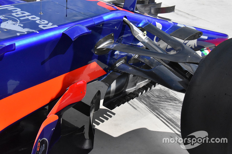 Toro Rosso STR12: Vorderradaufhängung und Winglets
