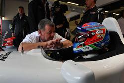 Paul Stoddart, Paul di Resta, rijder F1 Experiences tweezitter