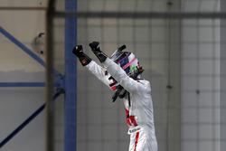 Race winner #29 Audi Sport Team Land-Motorsport, Audi R8 LMS: Kelvin van der Linde