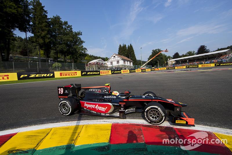 FIA F2 Sustitución