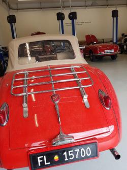 Pergolini Motorsport Workshop