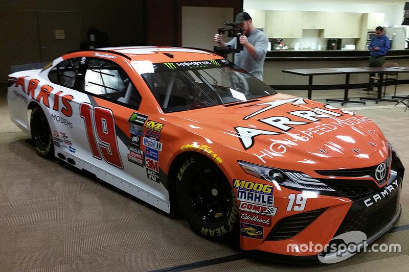 Car y Daniel Suárez, Joe Gibbs Racing Toyota