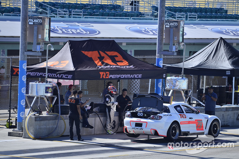#79 MP1A Mazda RX-8 driven by Santiago Lozano & Sebastian Villamil of TR3 Performance