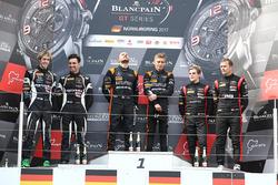 Podio: i vincitori della gara Franck Perera, Maximilian Buhk, al secondo posto Andrea Caldarelli, Ezequiel Perez Companc, al terzo posto Marcel Fassler, Dries Vanthoor