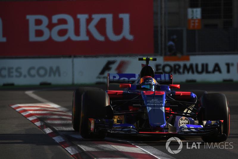 15. Карлос Сайнс, Scuderia Toro Rosso STR12