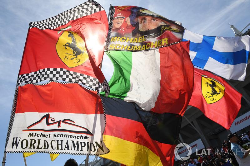 Michael Schumacher banderas