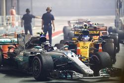 Valtteri Bottas, Mercedes AMG F1 W08, im Parc Ferme