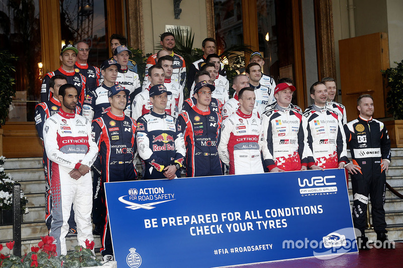Foto de grupo de los pilotos del WRC 2017