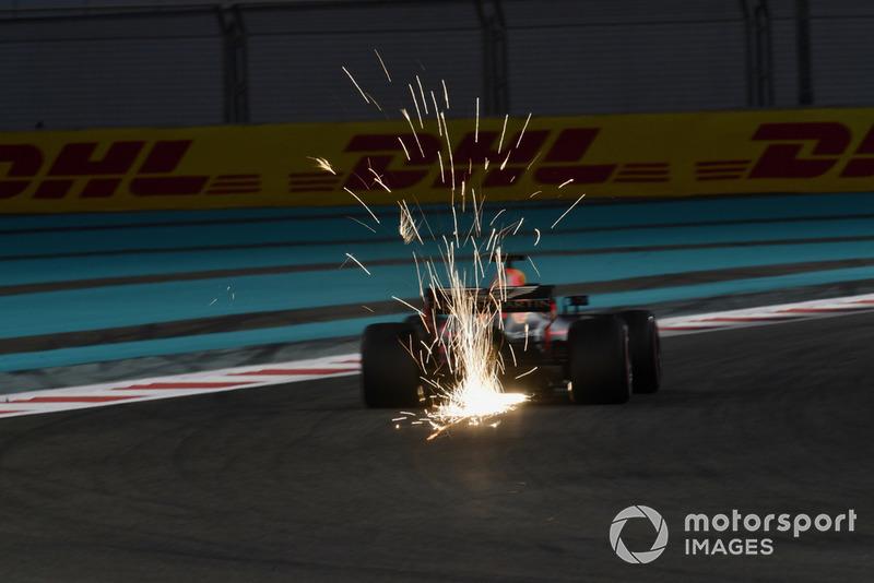 5: Daniel Ricciardo, Red Bull Racing RB14, 1'35.401