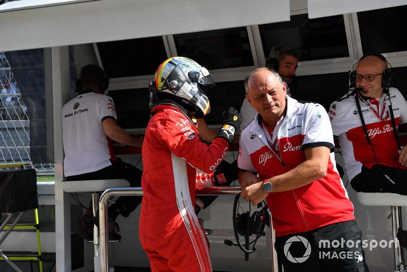 Sebastian Vettel, Ferrari et Frédéric Vasseur, Sauber, Team Principal