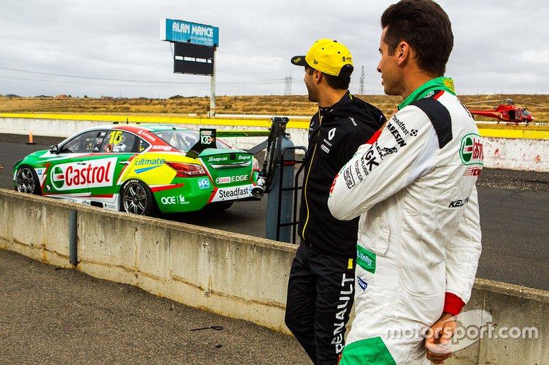 Prueba de Daniel Ricciardo en Supercars