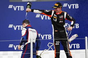 Podio: il terzo classificato Richard Verschoor, MP Motorsport