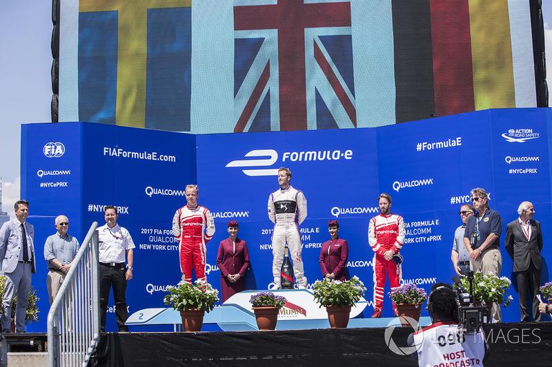 Podium: 1. Sam Bird, DS Virgin Racing; 2. Felix Rosenqvist, Mahindra Racing; 3. Nick Heidfeld, Mahindra Racing