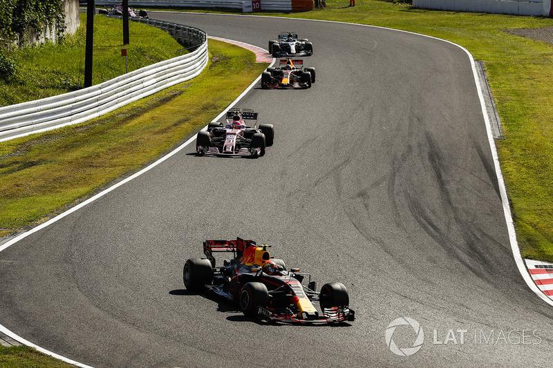 Max Verstappen, Red Bull Racing RB13, Esteban Ocon, Sahara Force India F1 VJM10, Daniel Ricciardo, Red Bull Racing RB13, Valtteri Bottas, Mercedes AMG F1 W08