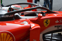 Kimi Raikkonen, Ferrari SF16-H met het Halo cockpit systeem
