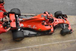 La Ferrari SF71H avec les rétroviseurs sur le halo