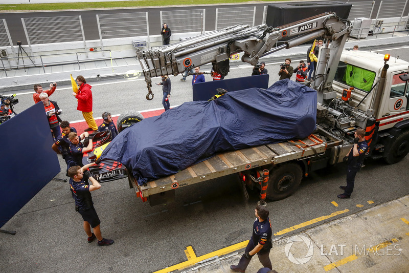 The Red Bull Racing RB14 of Max Verstappen
