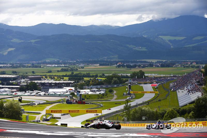 Robert Kubica, Williams FW41, Brendon Hartley, Toro Rosso STR13