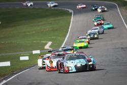 #8 Audi Sport Team WRT Audi R8 LMS: Rene Rast, Robin Frijns op kop