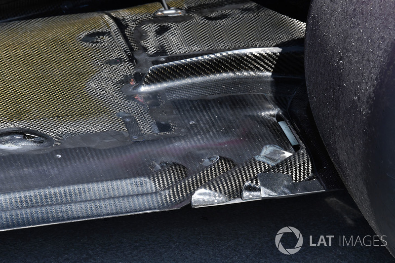 Force India VJM11 rear floor detail