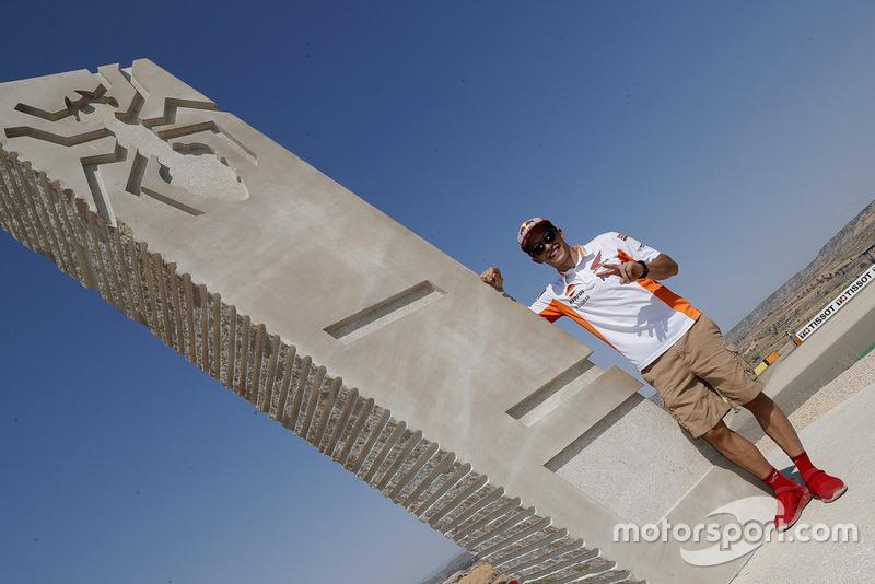 Inauguración curva Márquez