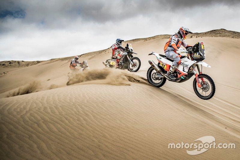 #17 Red Bull KTM Factory Racing KTM: Лайя Санс, #7 HERO Motorsports Team Rally: Оріоль Мена, #114 Bas Dakar Team: Росс Бренч
