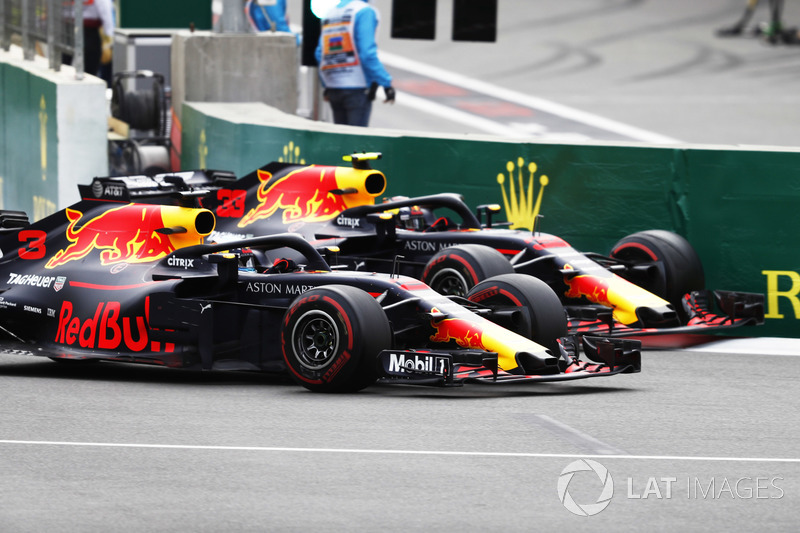 Daniel Ricciardo, Red Bull Racing RB14 Tag Heuer, batalla con Max Verstappen, Red Bull Racing RB14 Tag Heuer