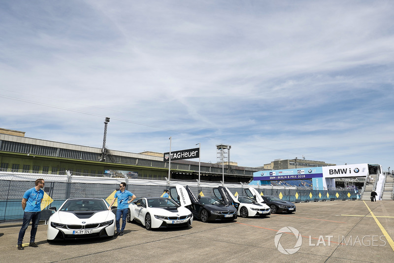 BMW i8 line up