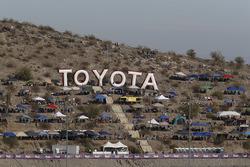 Toyota lettres