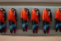 McLaren World's Fastest Gamer race suit