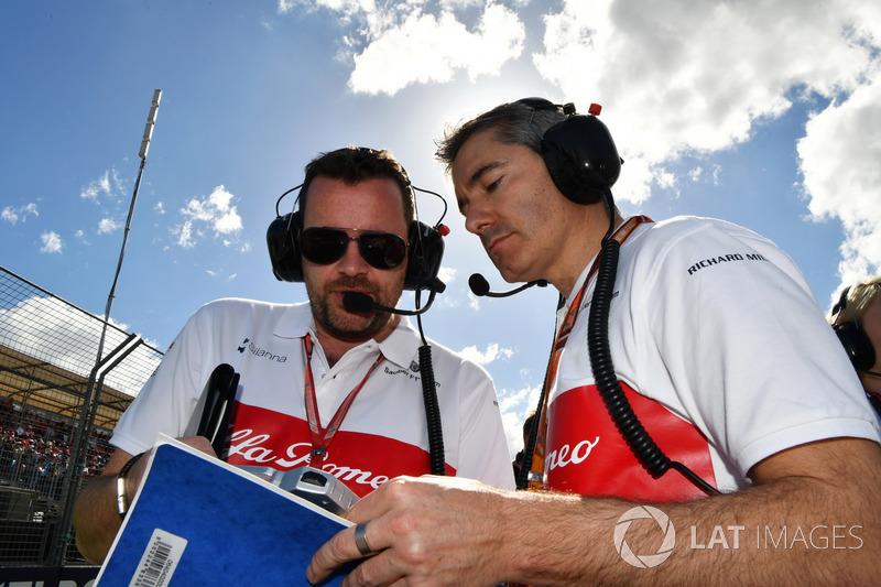Xevi Pujolar, Capo dell'ingegneria in pista Sauber, in griglia