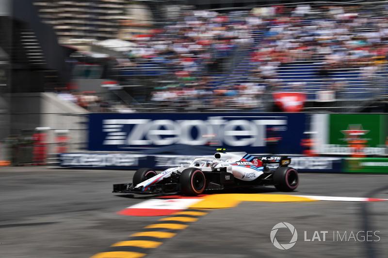13: Sergey Sirotkin, Williams FW41, 1'12.521