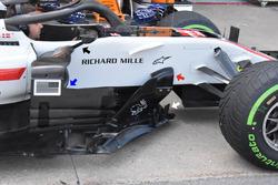 Haas F1 Team VF-18, floor and barge board