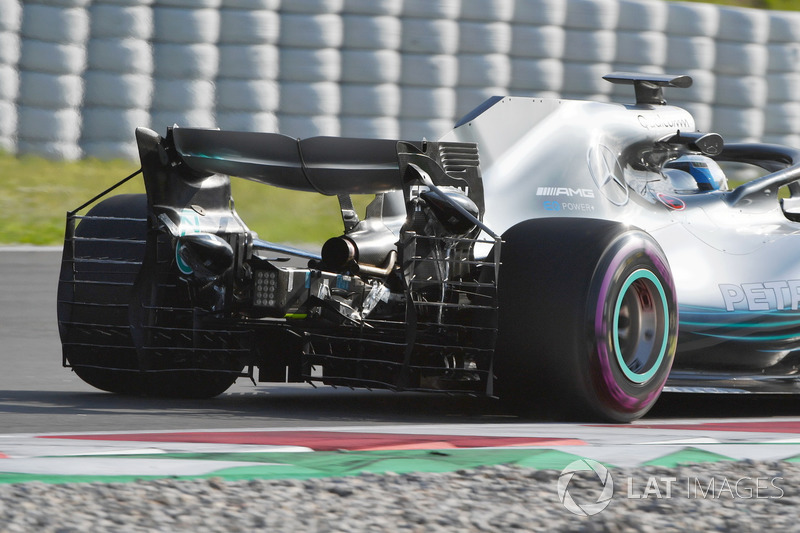 Valtteri Bottas, Mercedes-AMG F1 W09 with aero sensor on rear wing