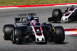 Romain Grosjean, Haas F1 Team VF-17, Kevin Magnussen, Haas F1 Team VF-17