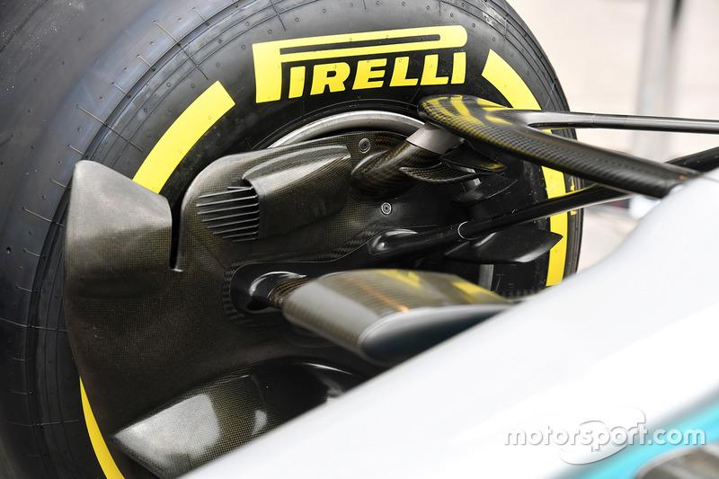 Mercedes-Benz F1 W08 fren kanalı detay