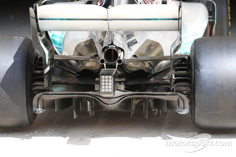 Mercedes W08: Diffusor