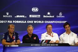 Bob Fernley, Deputy Team Principal, Force India, Gene Haas, Team Owner, Haas F1 Team, Zak Brown, Exe