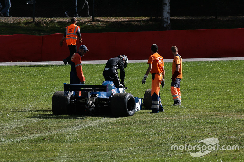 Crash: #34 Tyrrell 010 (1980): Mike Cantillon