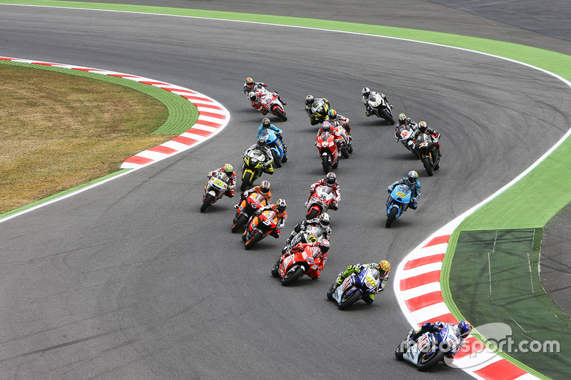 Start: Jorge Lorenzo, Yamaha Factory Racing memimpin