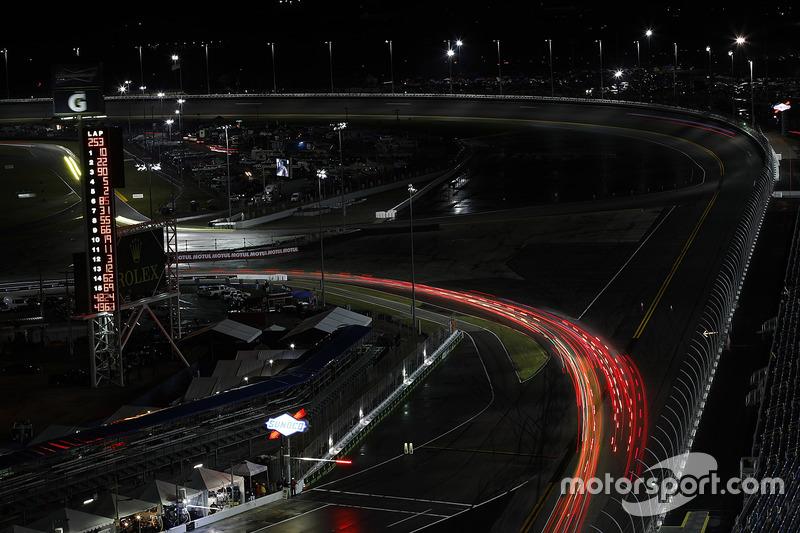 Racegeweld in de nacht