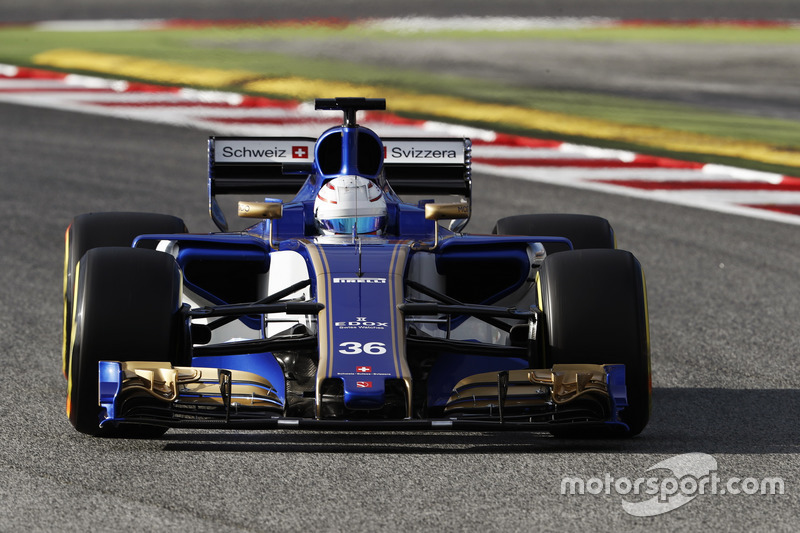 14º Antonio Giovinazzi, Sauber C36, 1:22.401, ultrablandos (110 vueltas)