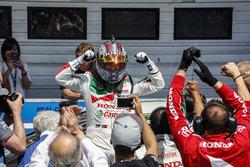Tiago Monteiro, Honda Racing Team JAS, Honda Civic WTCC in parc ferme